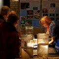 Die Deckelgläser mit Sedimentproben zur Präsentation der Funde (Knochen und Keramik) verfehlten nicht ihre Wirkung und lockten zahlreiche Besucher an unseren Stand
