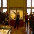 Die persönlichen Führung durch die Schausammlung des Naturhistorischen Museums (2015 neu eröffnet) leitete Frau Dr. Karina Grömer. Ihr Forschungsschwerpunkt sind prähistorische Textilien.